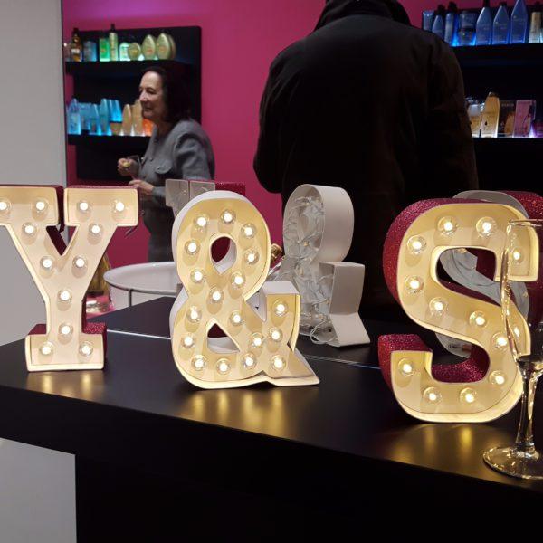 Y&S 18